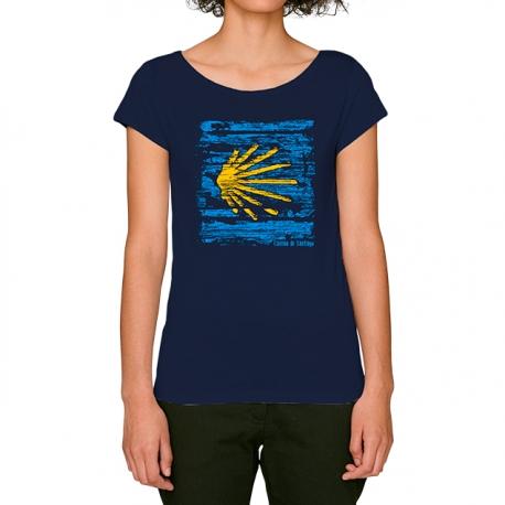 Camiseta Concha Camino de Santiago sobre Madera
